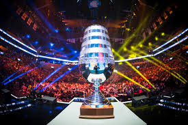Pokal der ESL One Hamburg 2017